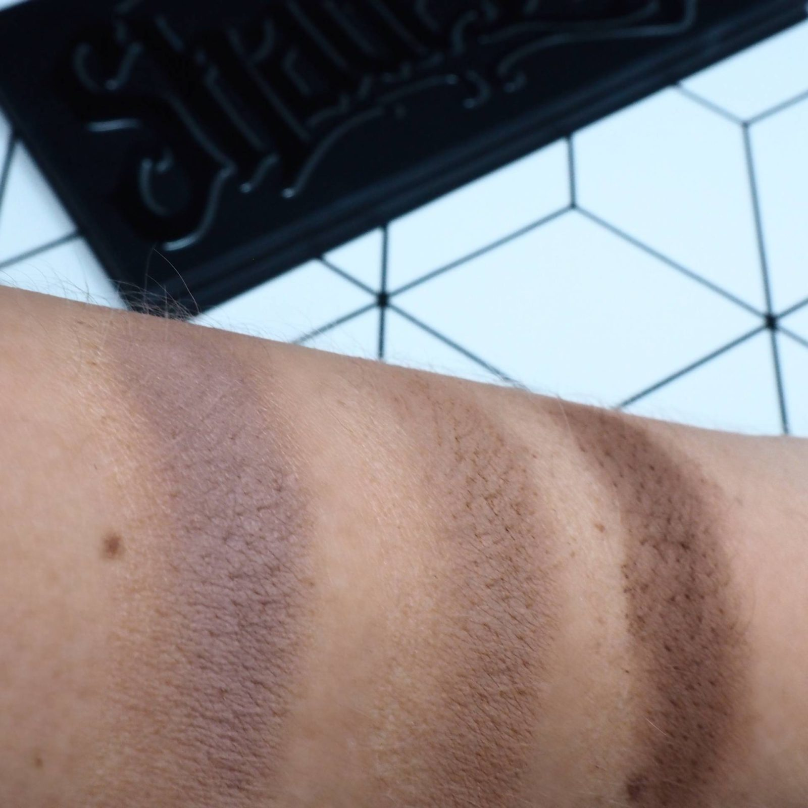 Kat Von D Light + Shade House of Paper Doll