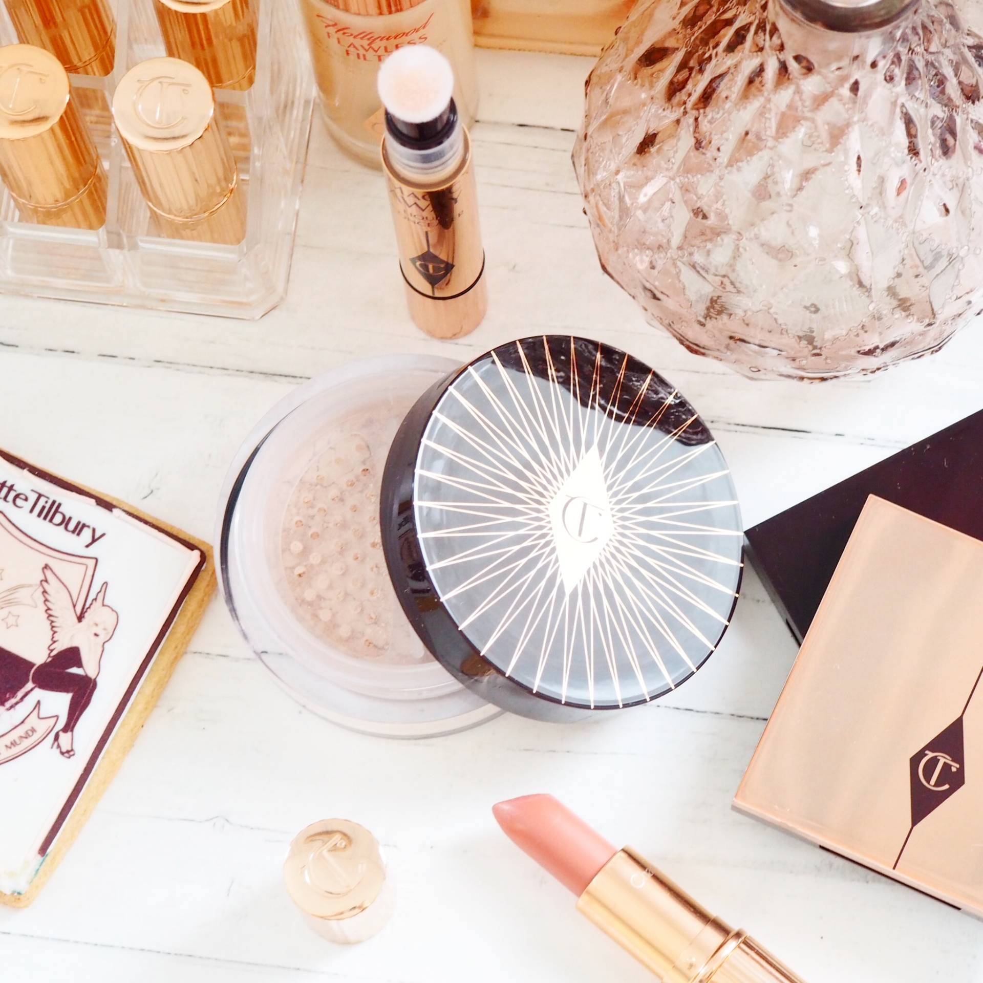 Charlotte Tilbury Magic Loose Powder