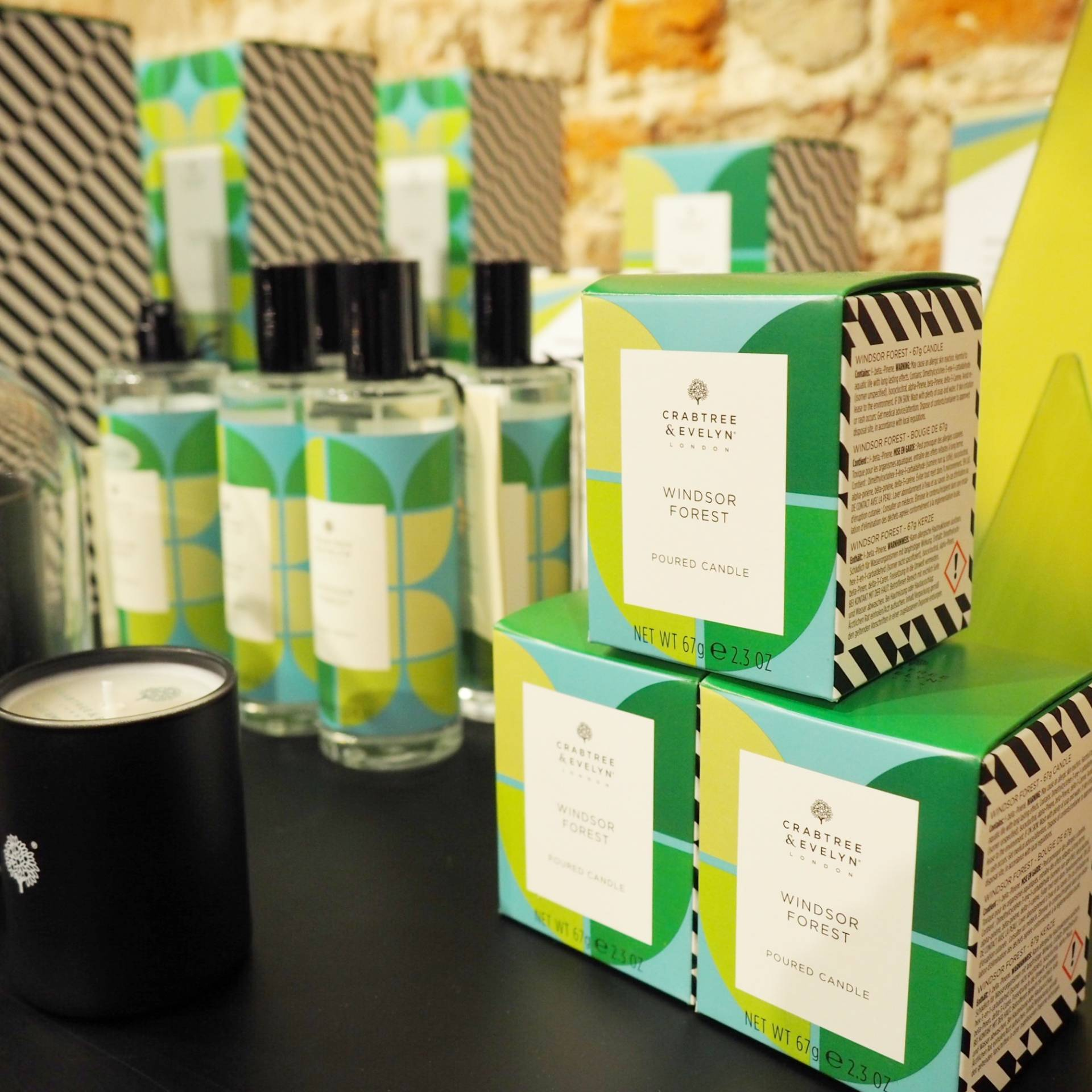Crabtree-and-Evelyn-Christmas-Pop-Up-London