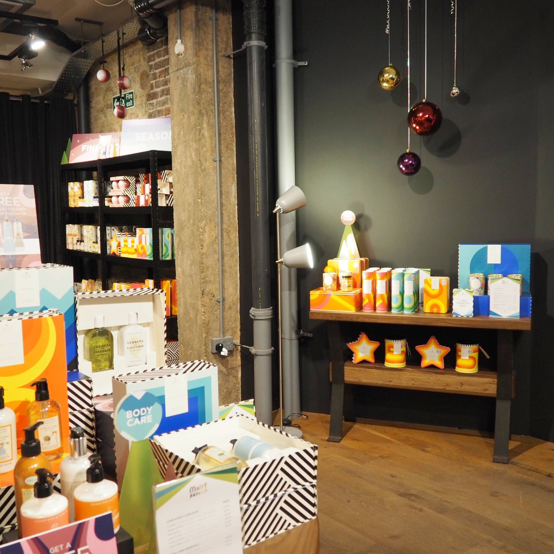 Crabtree-and-Evelyn-Shop-London